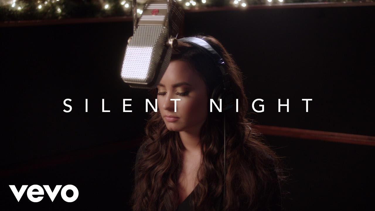 Demi Lovato – Slient Night